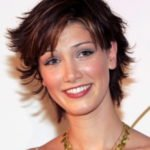 delta-goodrem-short-shag-hairstyles-2014