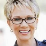 short-hairstyles-2014-women-over-40